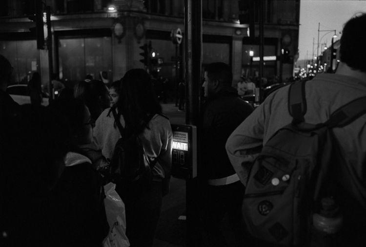 waiting, London (2018 - LeicaM4 - stanleyomar | ello