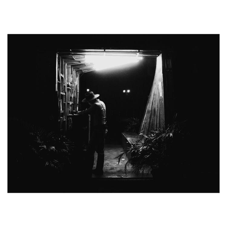 ROLL 002 Kodak 400 FRAME 013 Vo - sanmigsslight | ello