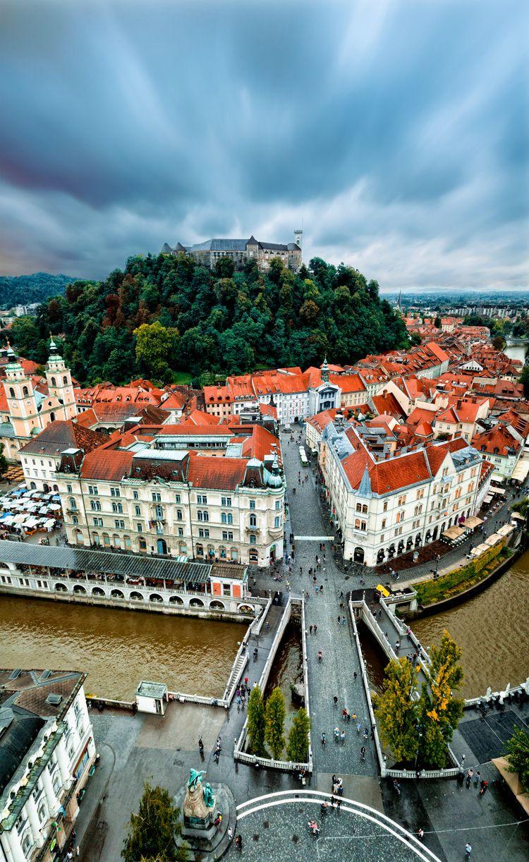 Ljubljana, Slovenia - travel, adventure - jhollaholla | ello