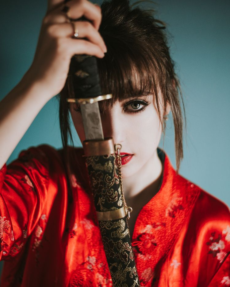Senbonzakura Model: Alannah wor - djuansala | ello