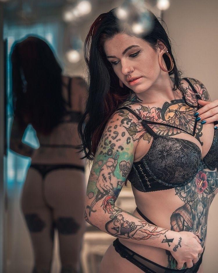 Victoria Bones  - beautiful, sexy - juannavedo   ello