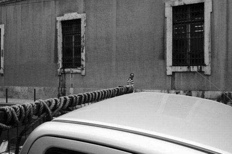 Thread Lisbon, 2018 - lisbon, street - alvaro-novo   ello