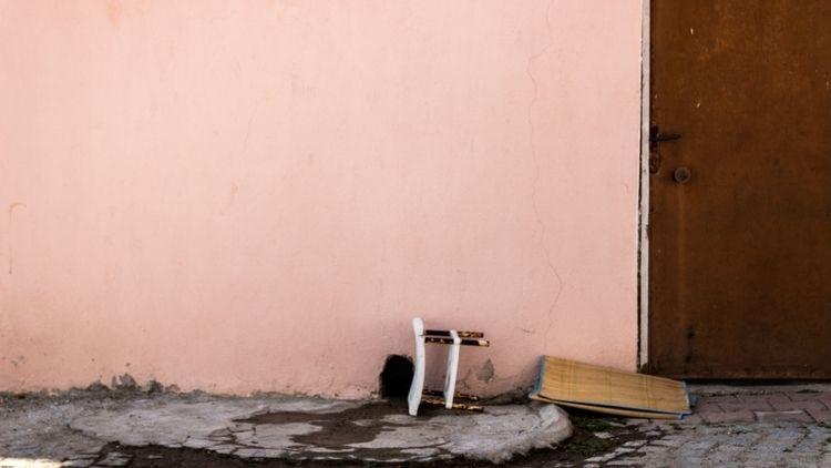 wall, door, oldstyle - brokiama   ello