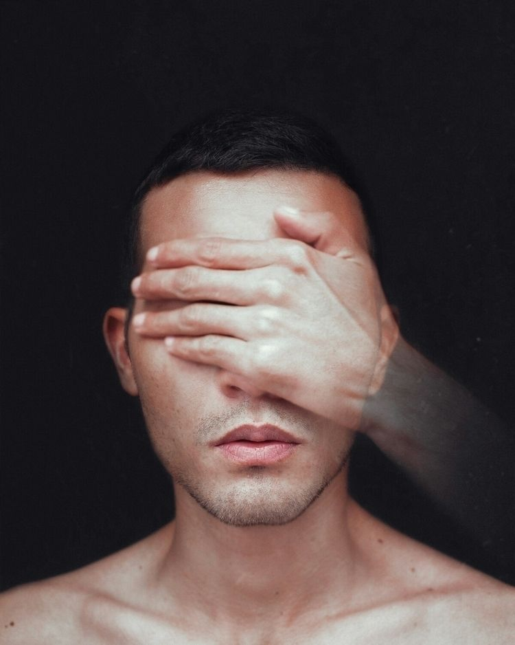BLIND Find Instagram - selfportrait - jhonismartins | ello