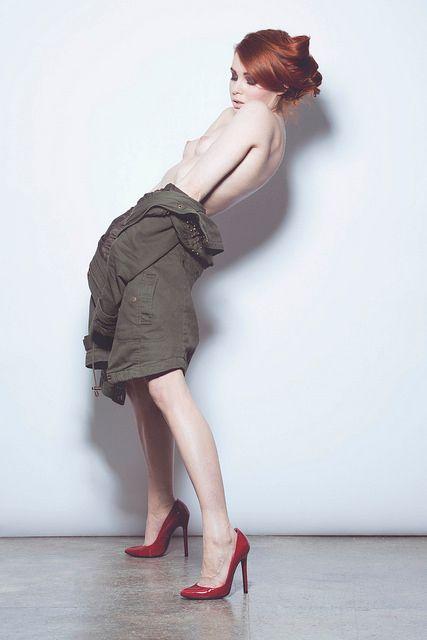 Photo Chris Bulezuik - fashion, redhair - fawnyamodel   ello