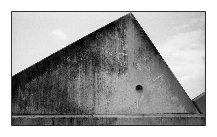 Concrete - streetphotography, film - michaelfinder | ello
