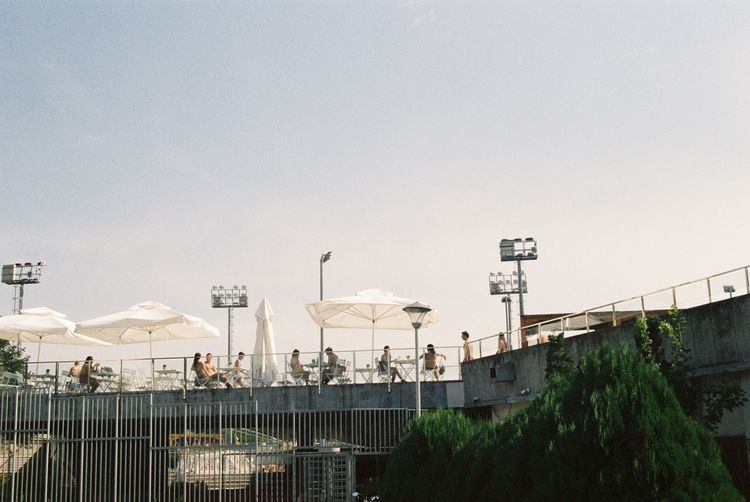 Summer Pool 〜 Beograd, Serbia - filmphotography - ferreira-rocks   ello