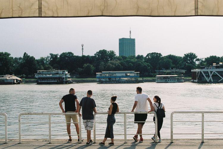 Friends 〜 Beograd, Serbia - filmphotography - ferreira-rocks   ello