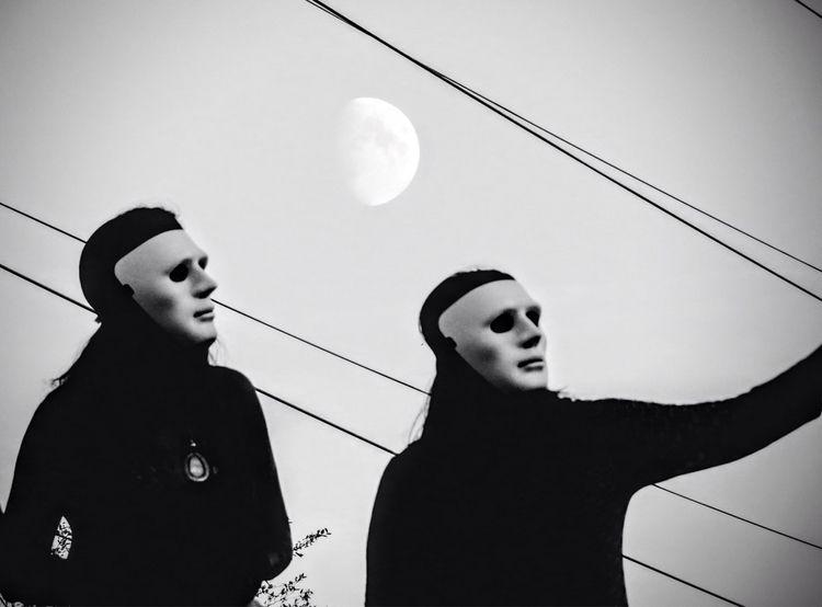 Aliens selfies - moonscape - tehranchik | ello