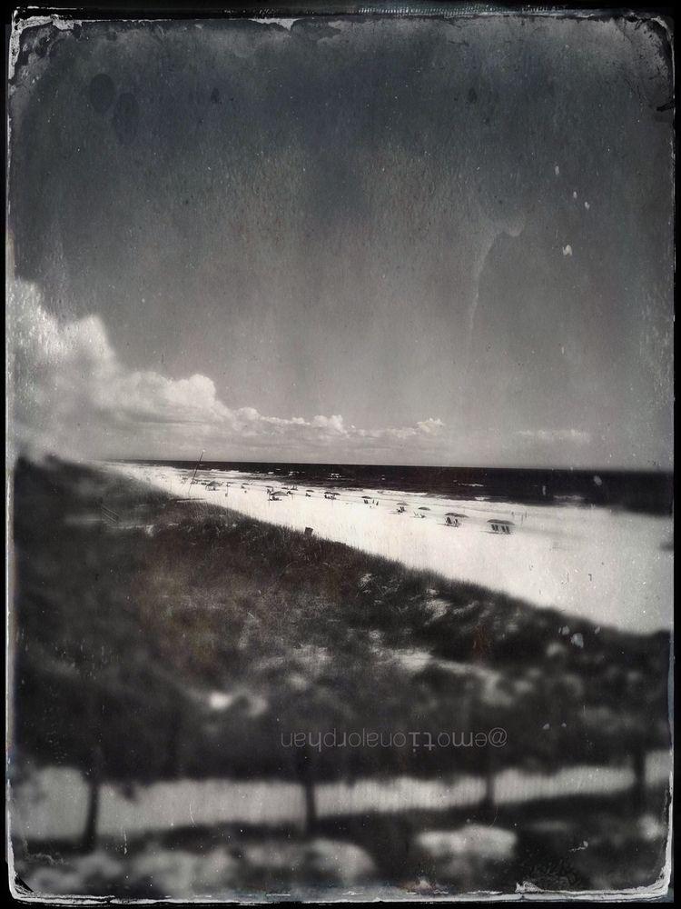 Darkday Beachside II - emotionalorphan | ello