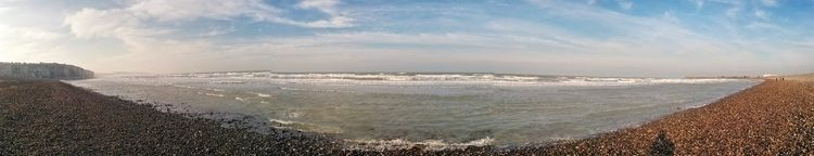 Dieppe Beach Panorama. ferry Ne - andybroomfield | ello