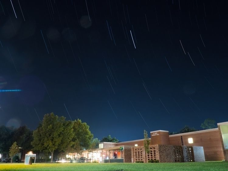Stars Tinsley Hall, SLU | - olympus - phototkh | ello
