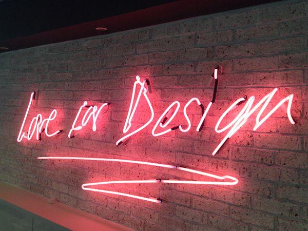 Custom Neon Signs NYC - Vidasig - vidasigns | ello