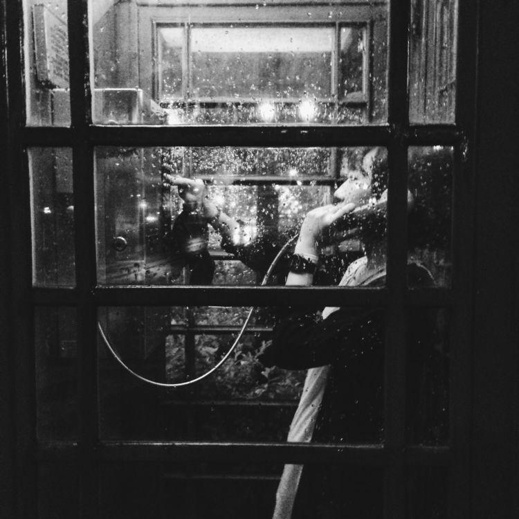 blackandwhtie, streetphotogrphy - kendou0508   ello