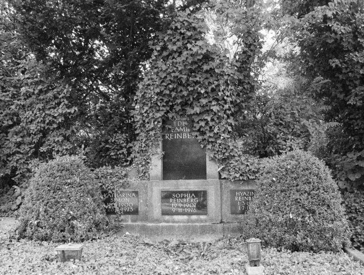 Westfriedhof II 09/2018 XVIII C - walter_ac | ello