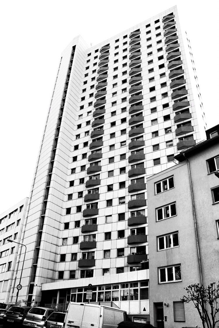 • Skyscraper - photography, blackandwhitephotography - borisholtz | ello