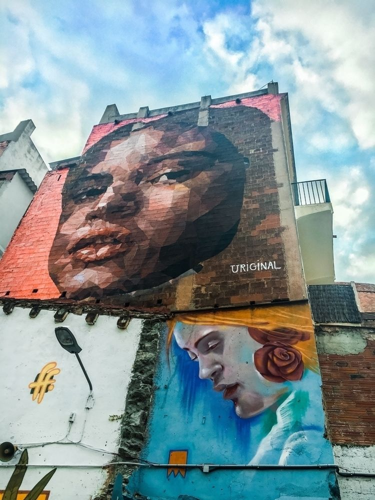 Barcelona streets - streetart, graffiti - aesthetictraveller | ello