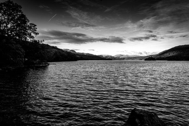 Coniston Water, Brown Howe even - photoinme | ello