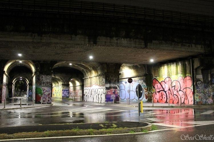 Graffiti Milan - streetphotography - irseashell | ello