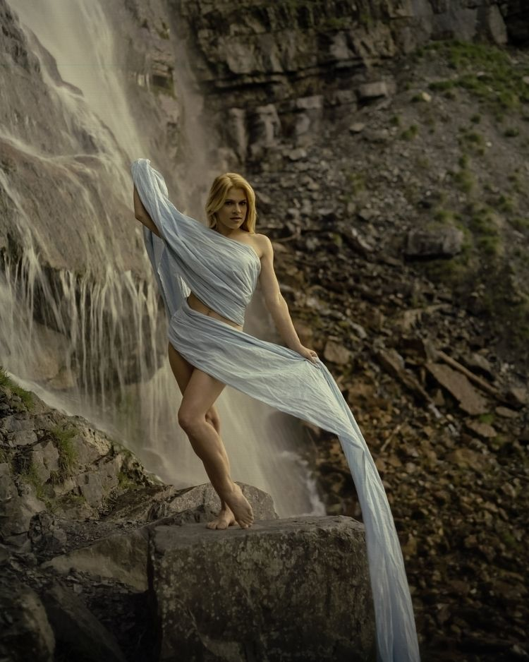 Sazzy - model, waterfall, wrap, glamour - cnphoto1 | ello