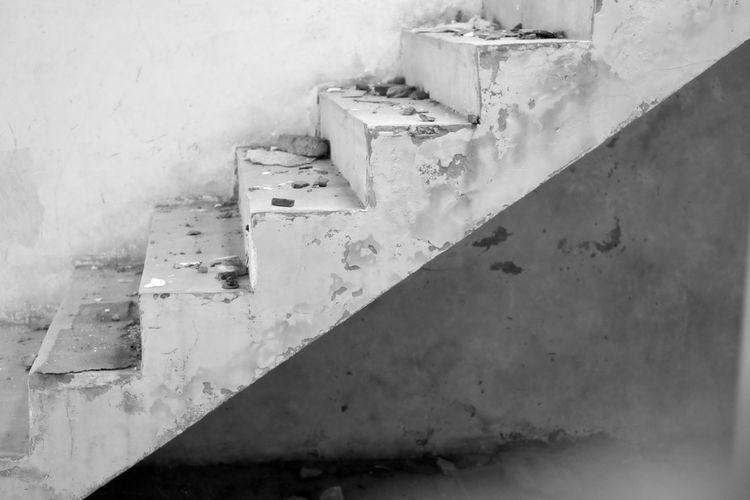 Concrete - China, deserted, derelict - reburton | ello