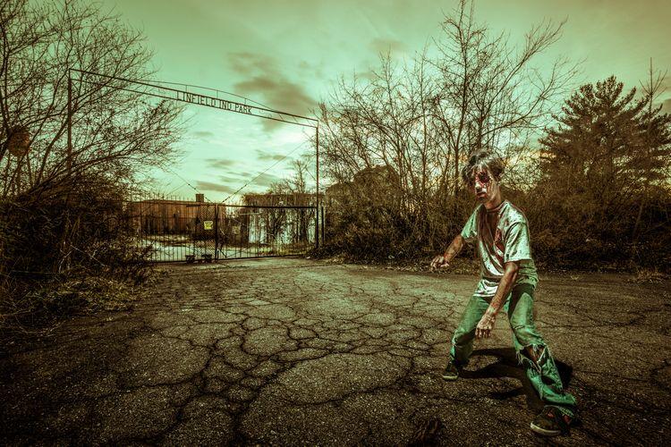 Halloween composite image worki - theexplorographer | ello