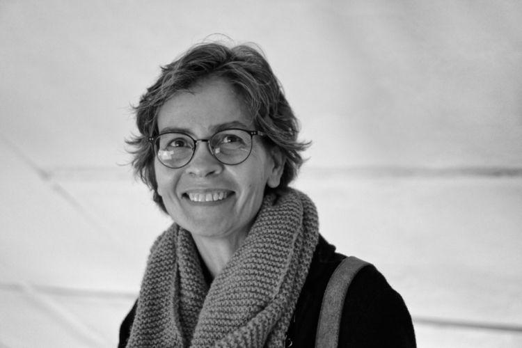 Breaking smile Literary scholar - marcushammerschmitt | ello