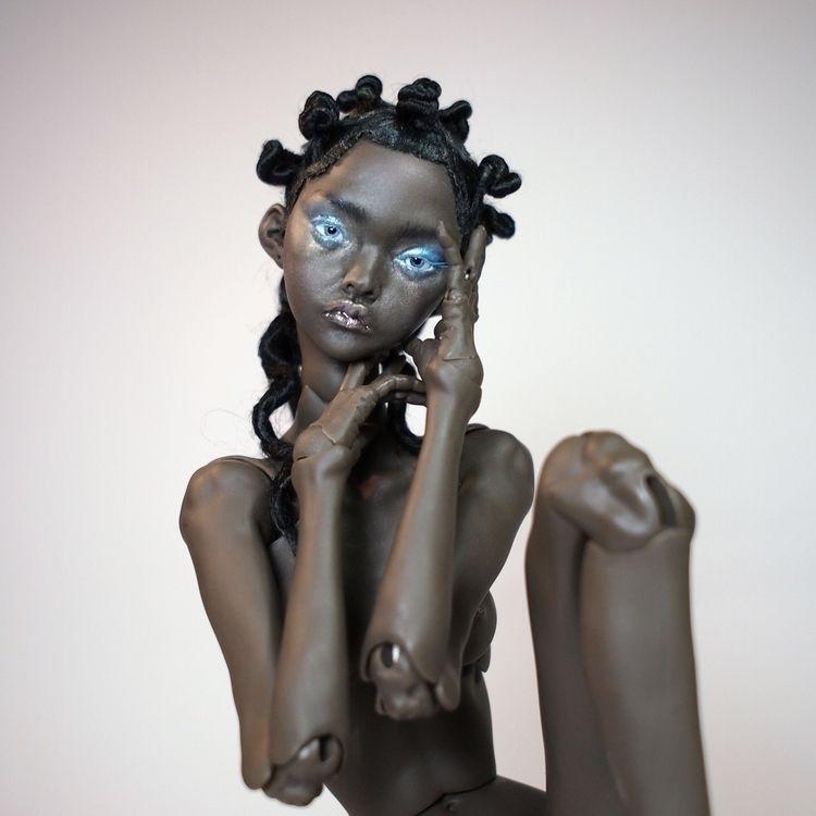 "girl ""16 Orchid Ebony skin shad - marmite_sue | ello"