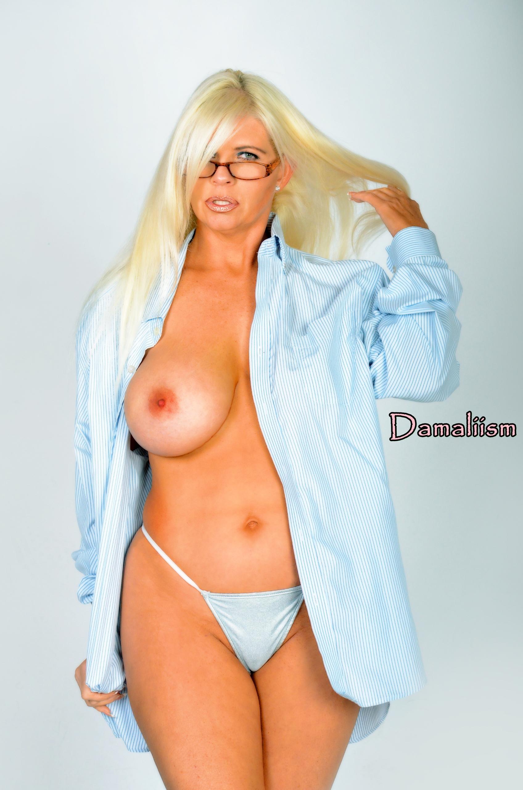 Damaliism Model: Blonde Bombshe - damaliism | ello