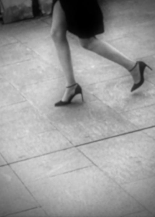   Openness! Uptown, Geneva - Legs - ziolele   ello