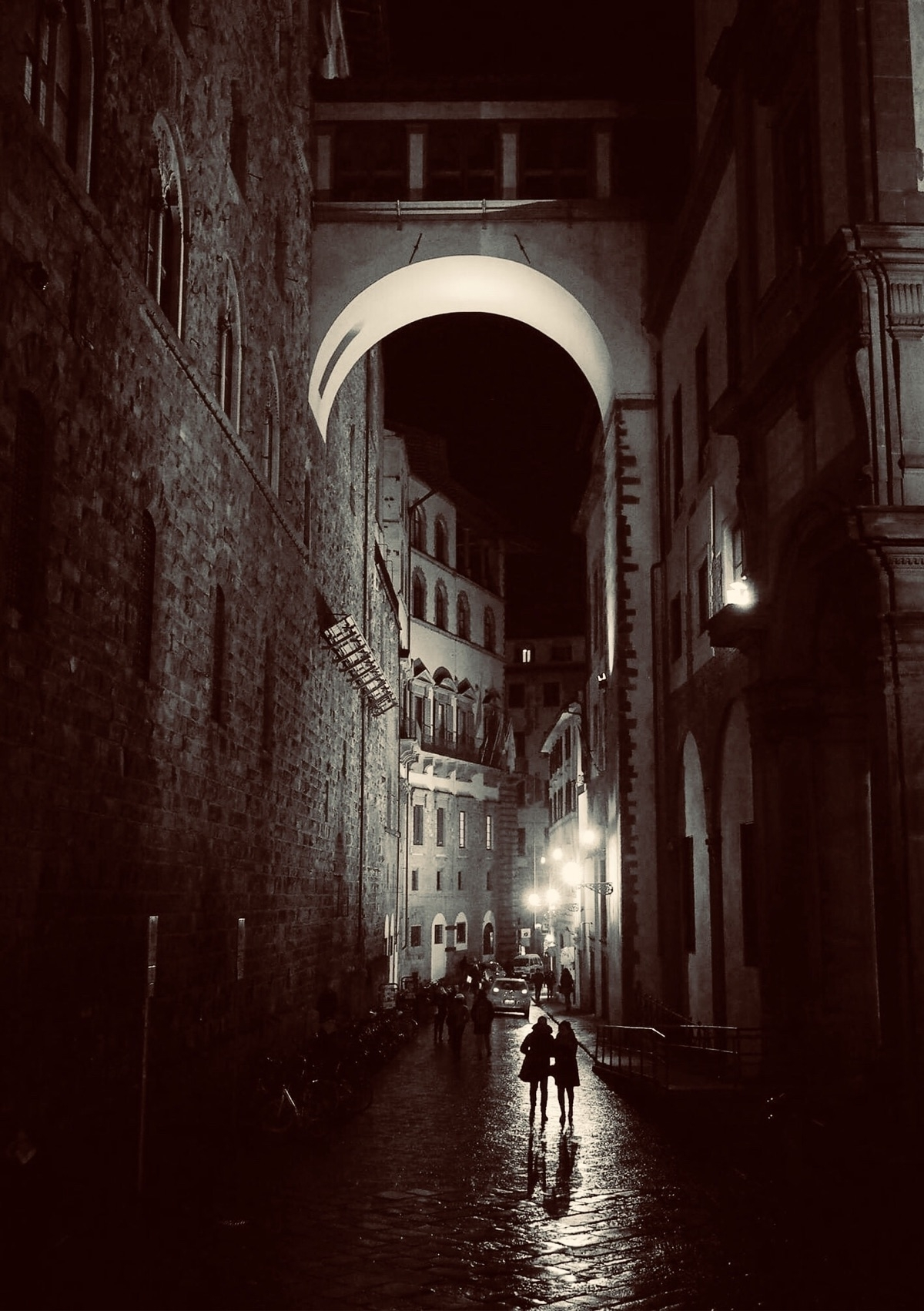 Strangers Night:moon: Florence - momiroh | ello