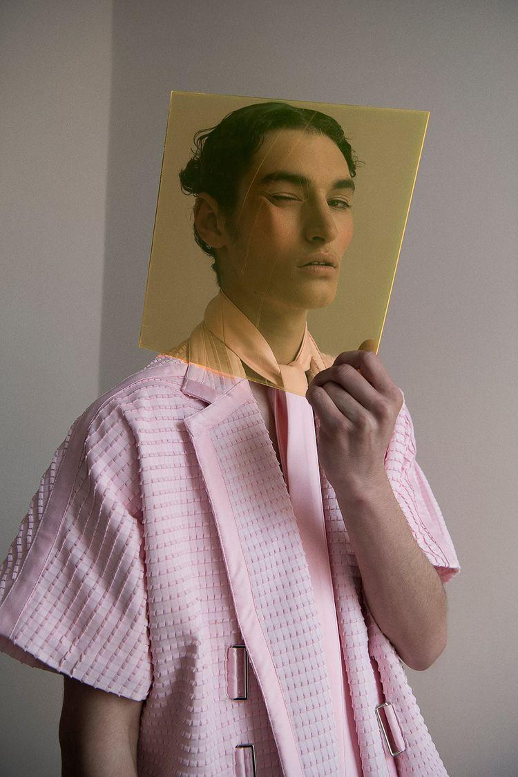 Fashion, people spend time fulf - fabrik | ello