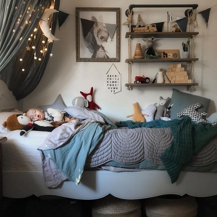 Dreamy afternoon light comfy na - bonnemereaustralia | ello