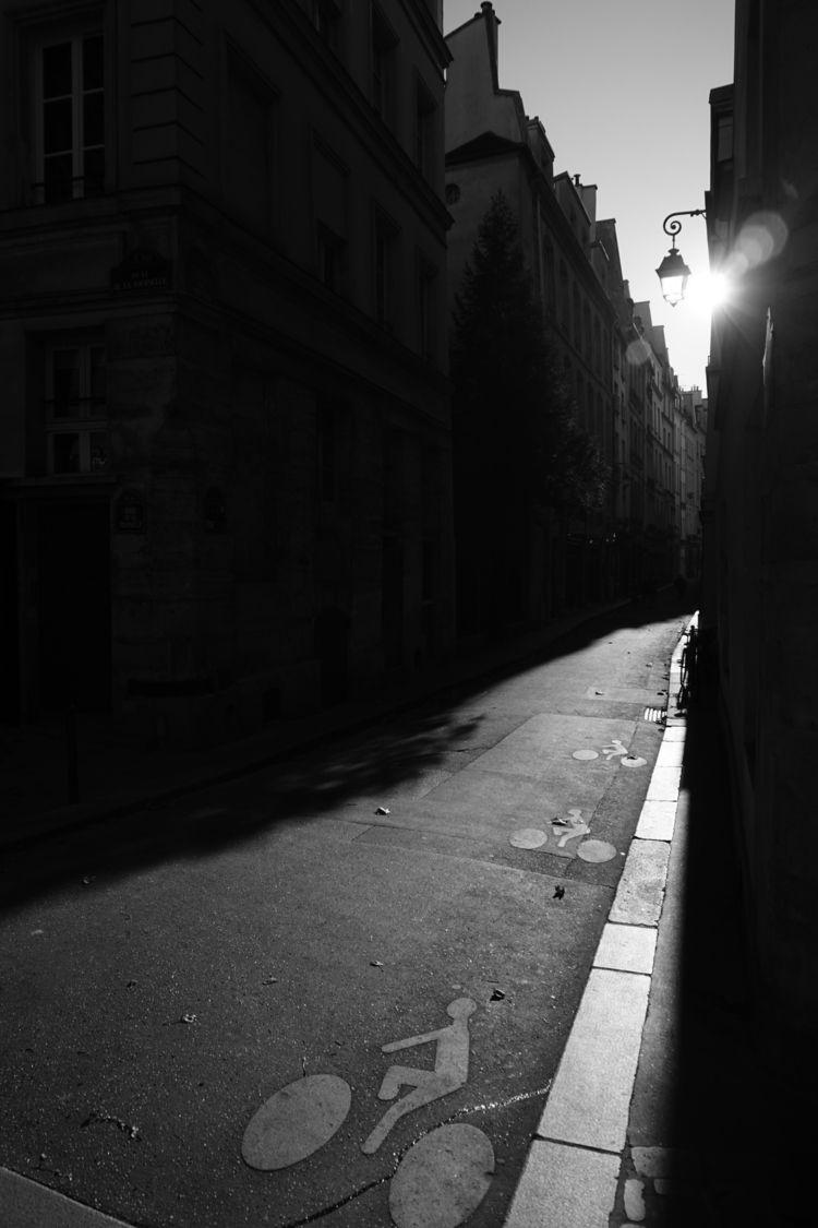 Black white photos Paris conjur - fvila | ello