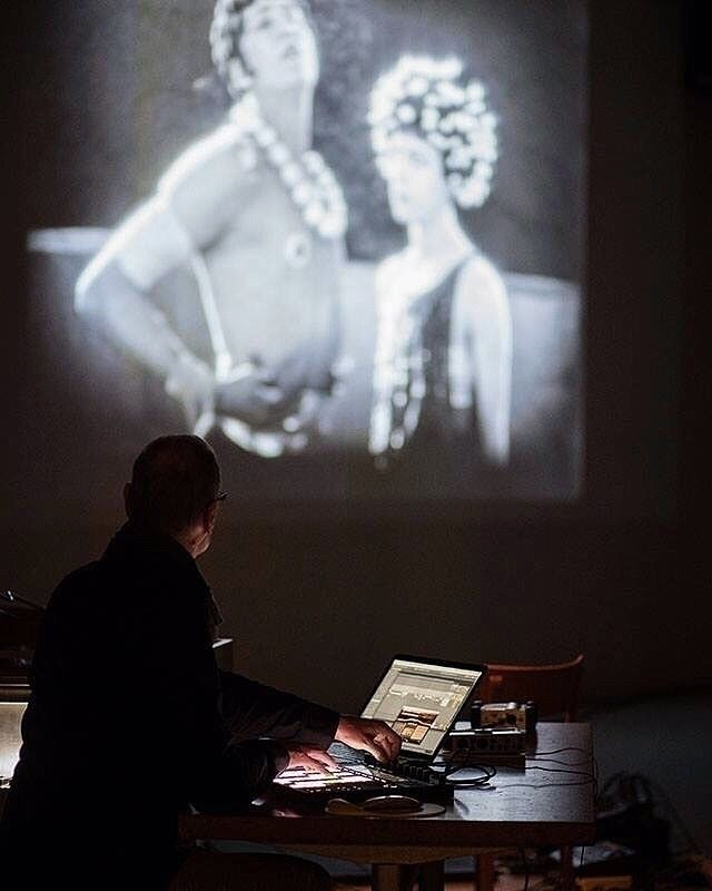 MEETING ARTIST: AROVANE sunny d - endtitles | ello
