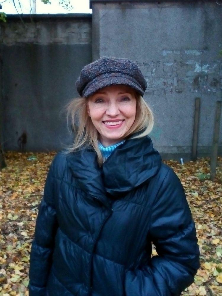 November smile. lipstick - street - igenvoicov | ello