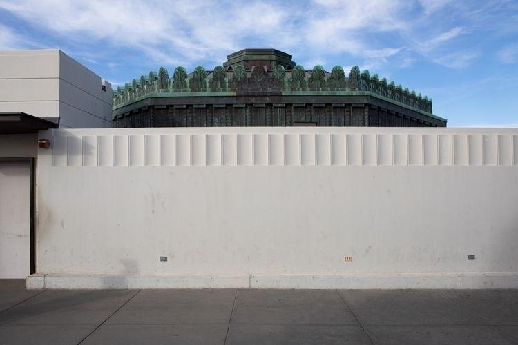 Wall, Griffith Observatory, Los - odouglas | ello