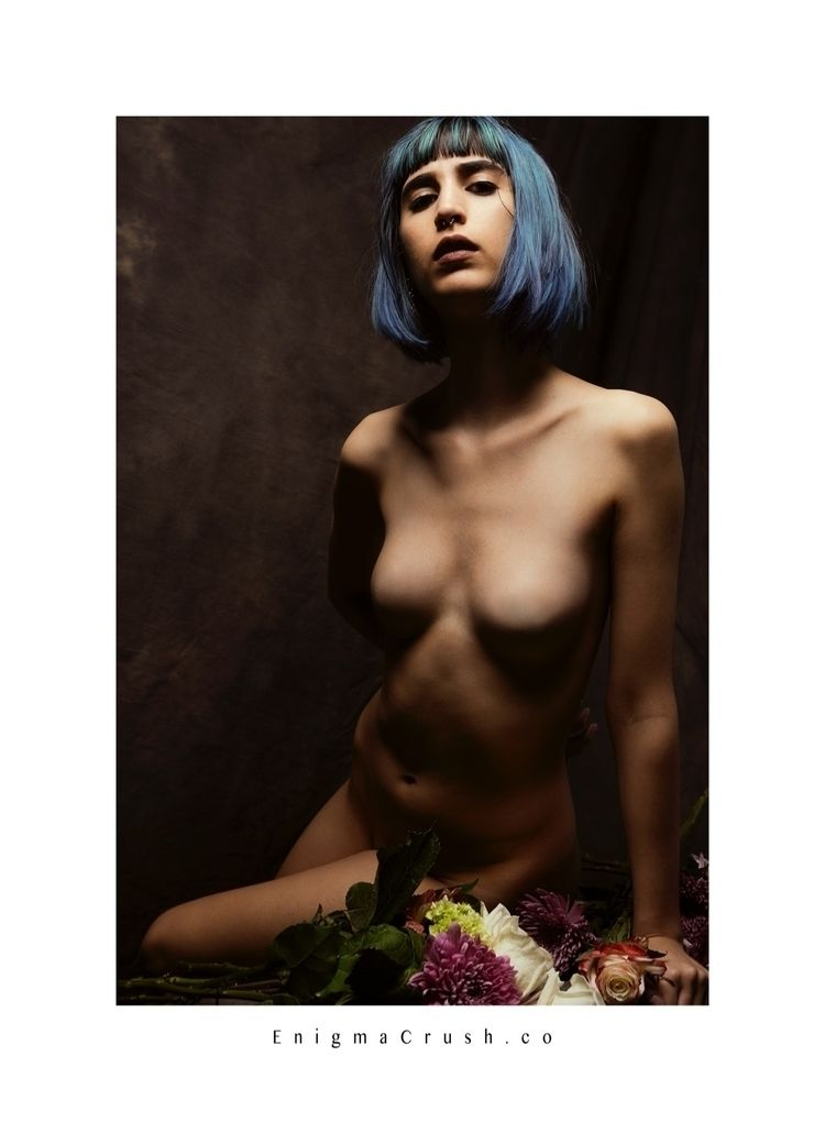 cameracrush, model, artstudy - enigmacrush | ello