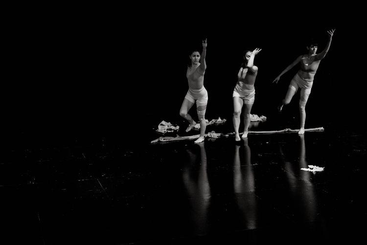 Throw - dance, photography - davidpinto   ello
