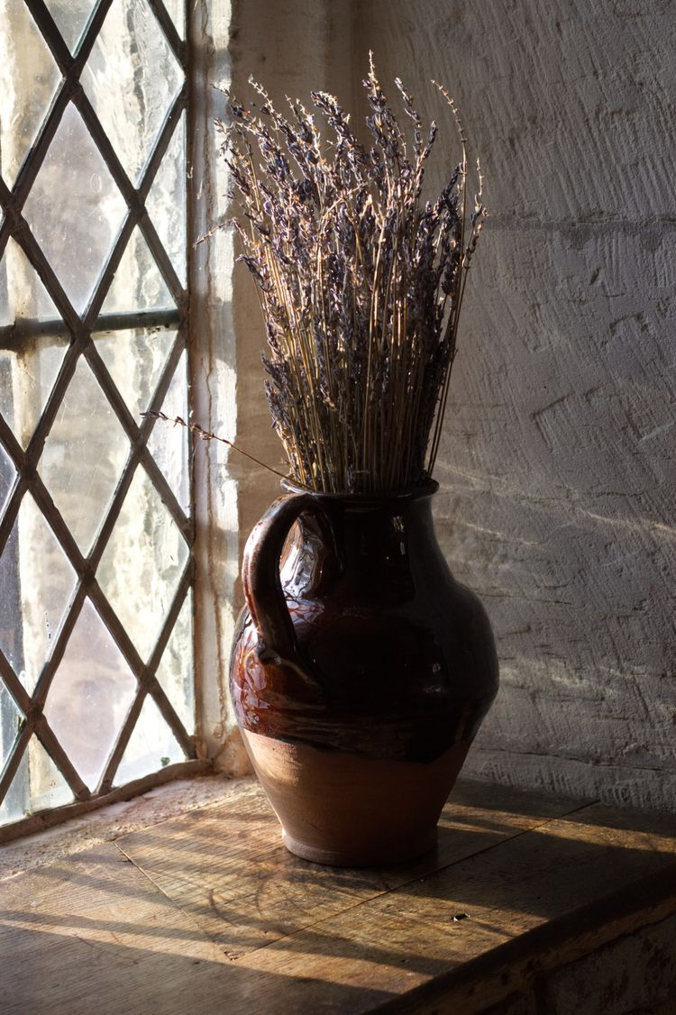 llamnuds, vase, driedflowers - shaundunmall | ello