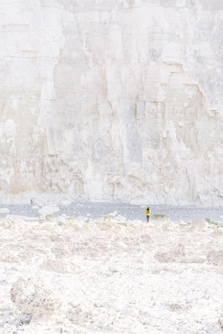 Utopian Facade – John Carpenter - oliviermorisse | ello