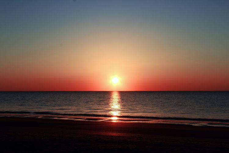 Blue Melon Horizons - ocean, beach - ranjiroo | ello