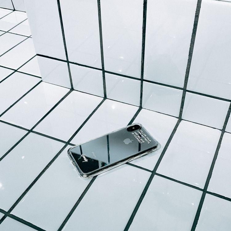 iPhone Xs, shot Xr phone case l - limmidy | ello