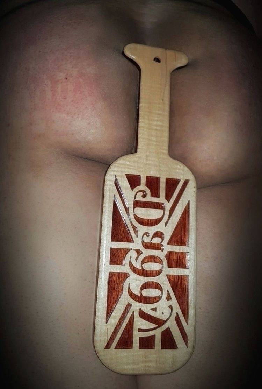 paddle damage, arse damaged - UkDaddy - her-proper-gentleman-dick | ello