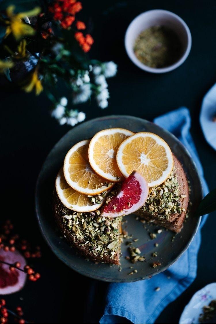 Polenta cake Oranges Pistachio - biteoflight | ello