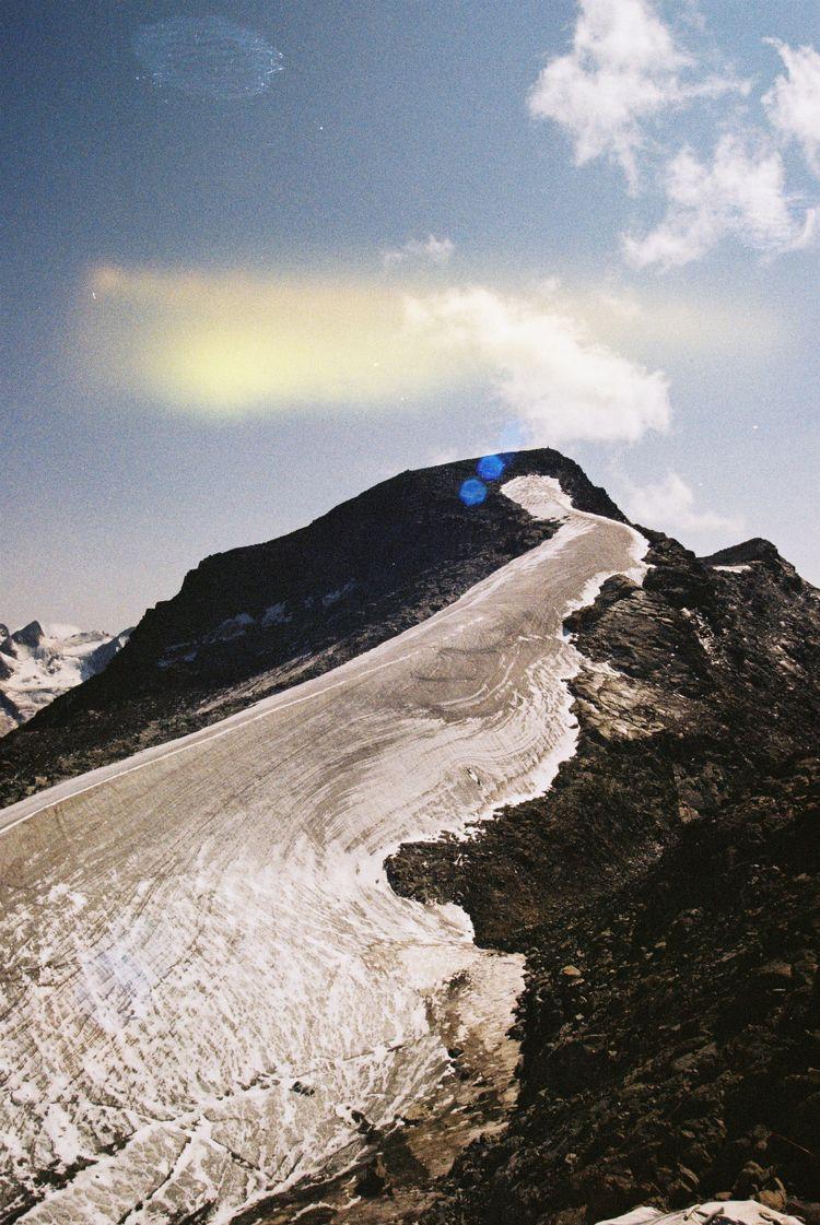 Gold, Kodak 〜 Alps, Switzerland - ferreira-rocks | ello