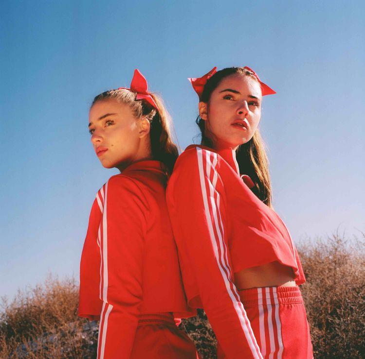 Lily Sam Urban Outfitters Adida - jvmpthegun   ello