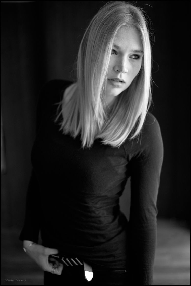 Irina - portrait, blackandwhite - whatstefansees | ello