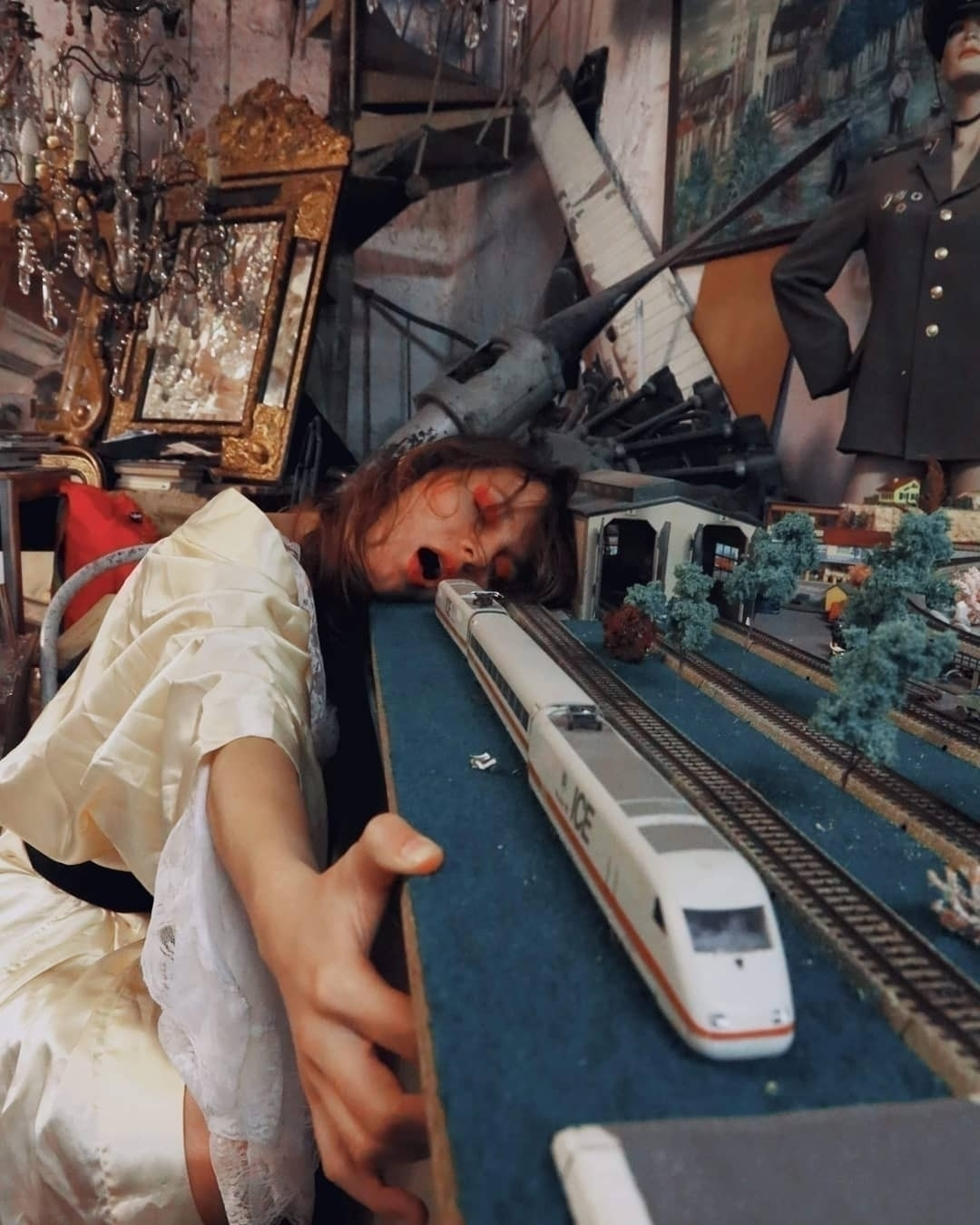 Sassi Station model Chloe MUA S - meistermarie   ello