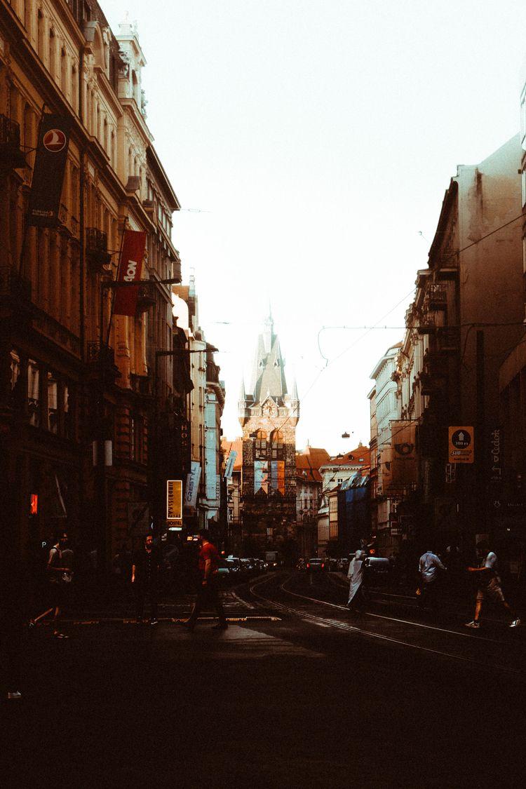 tb2PRAGUE 🤯  - vsco, prague, street - juli_grata | ello